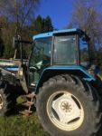 Tractor Ford 7740 Machala