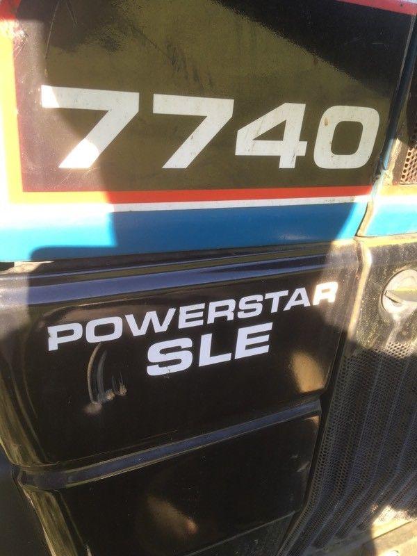 Tractor Ford 7740 Ecuador